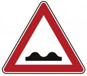 Verkehrszeichen Nr. 112 Unebene Fahrbahn